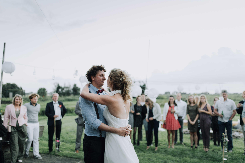 romantische foto van een bruidspaar