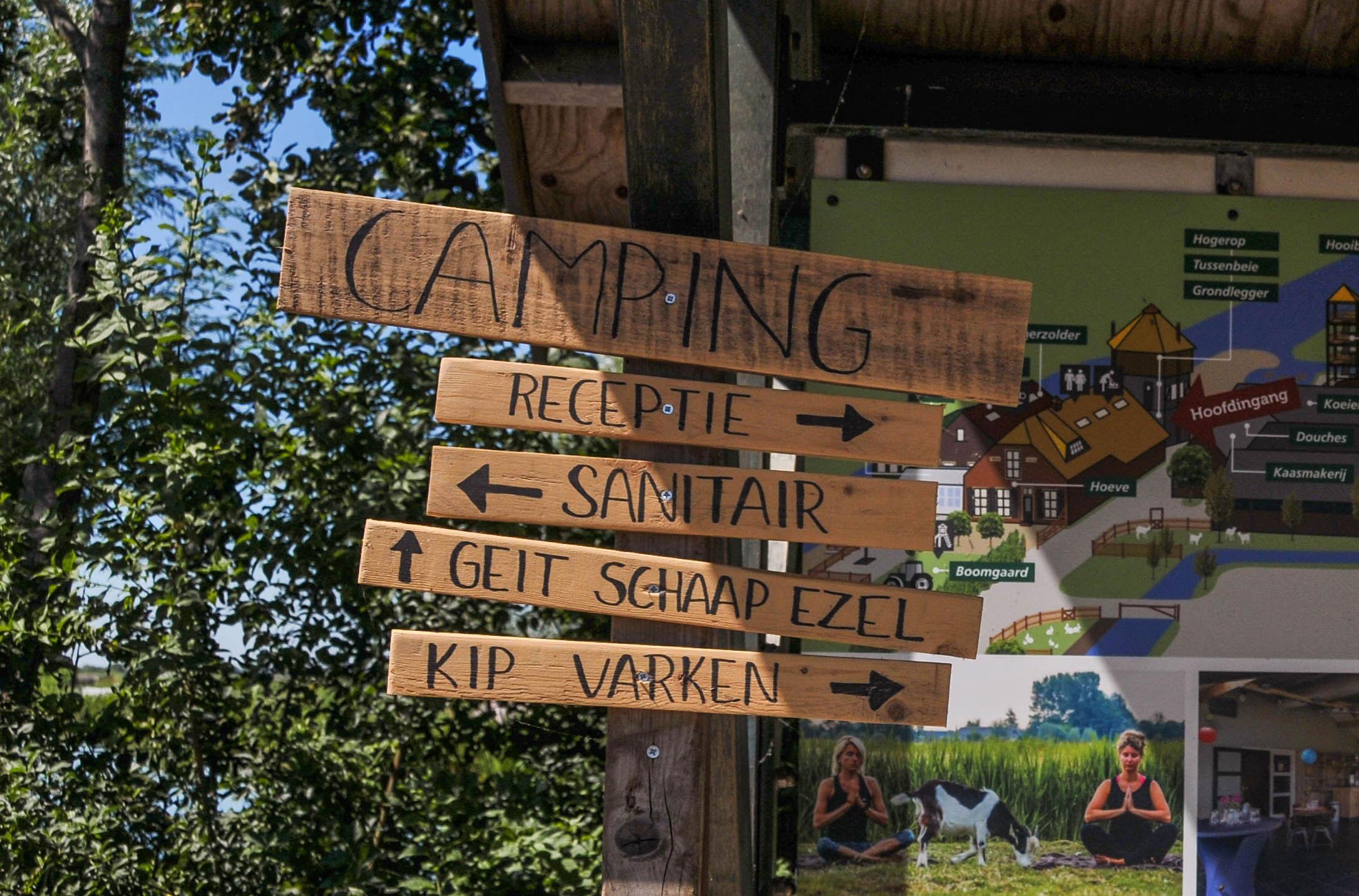Campingbordje   Camping de Boerinn